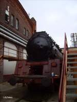Dampflokwerk Meiningen/31767/50-4037-steht-vor-den-hallen 50 4037 steht vor den Hallen und wird dort wieder aufgebaut. 08.09.07