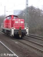 BR 294/28976/294-715-8-rollt-solo-durch-duesseldorf 294 715-8 rollt solo durch Düsseldorf. 06.01.06