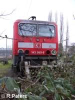 BR 143/28983/frontansicht-der-143-949-6-im-bw Frontansicht der 143 949-6 im BW Düsseldorf-Altstadt. 06.01.06