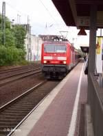 BR 143/29098/143-618-verlaesst-duesseldorf-voelklingerstrasse-mit-der 143 618 verlässt Düsseldorf-Völklingerstrasse mit der S8 Mönchengladbach. 02.08.06